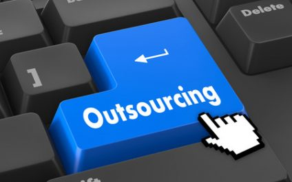 The Pros and the Cons of Outsourcing IT Support in Los Angeles