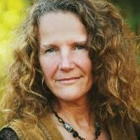 SHAMANIC POWER Awakening the EarthWisdom Within: With Llyn Cedar Roberts, MA.