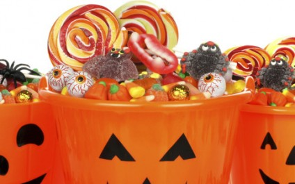 How to avoid Halloween candy overindulgence