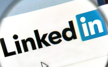 LinkedIn Alumni improves how you network