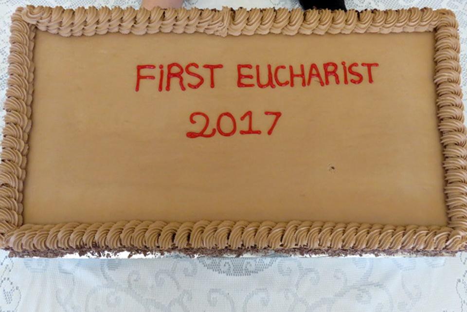 Eucharist Gallery (14)