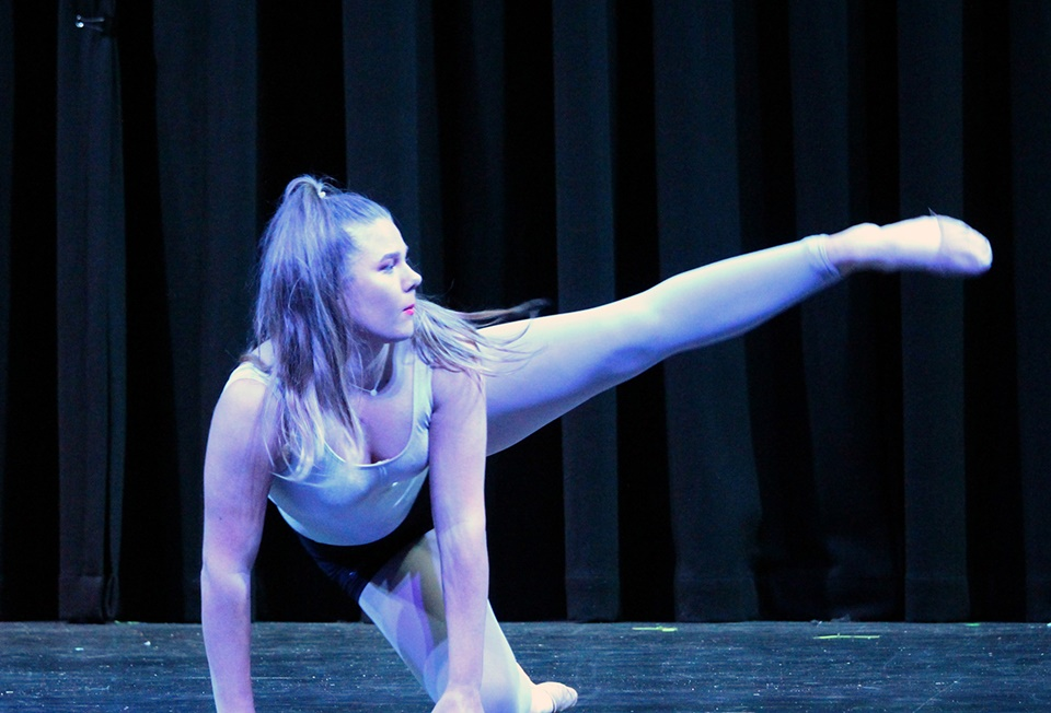Year 12 Performing Arts Showcase (18)