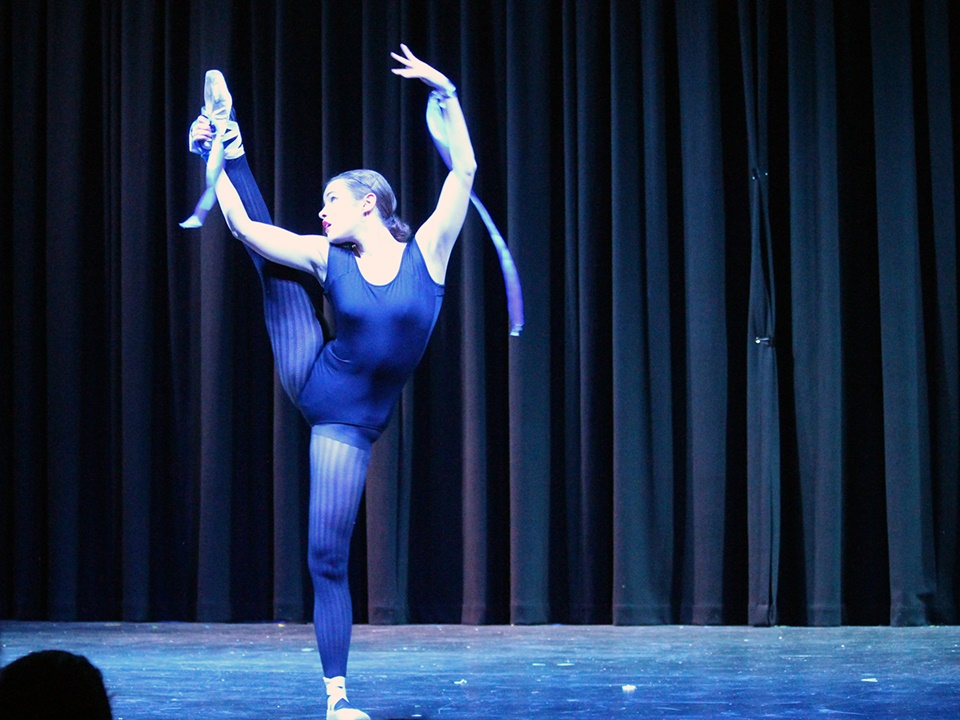 Year 12 Performing Arts Showcase (37)