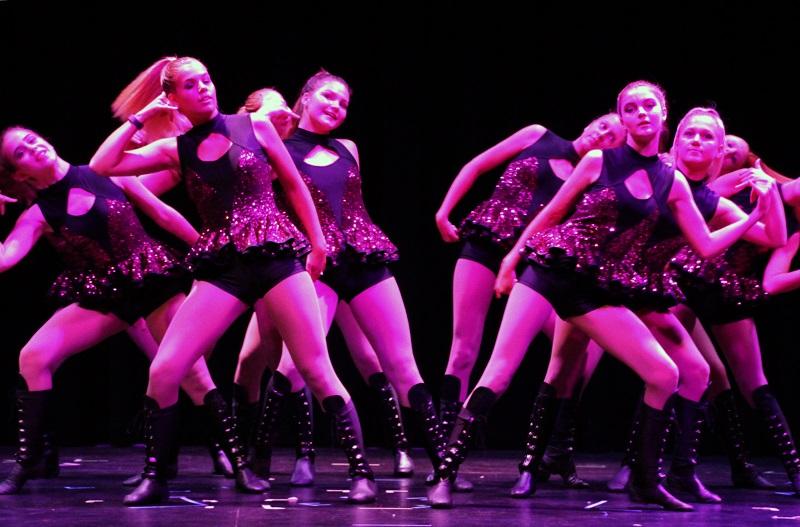 Performance Showcase (5)