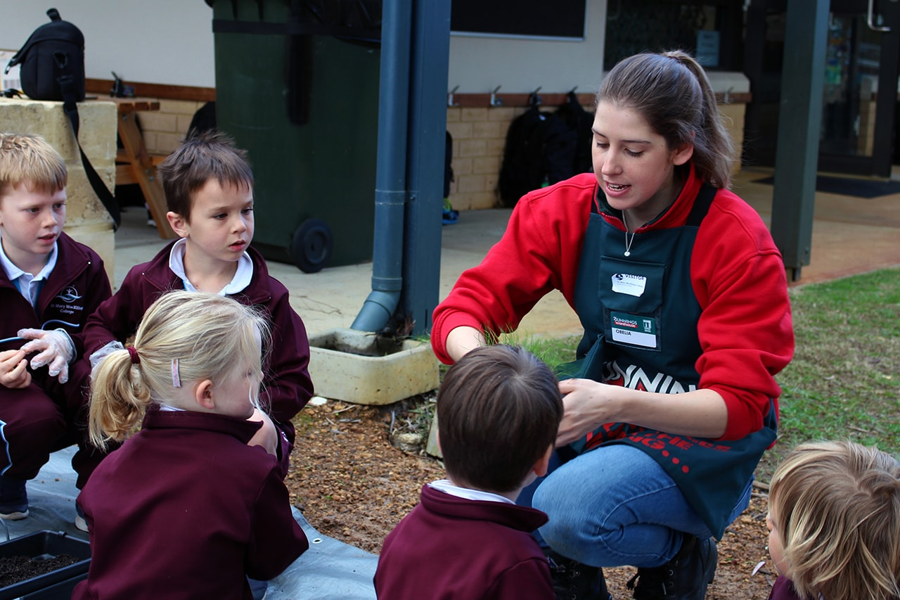 Img-Pre-Primary-Students-Plant-Interactive-Gardens-5