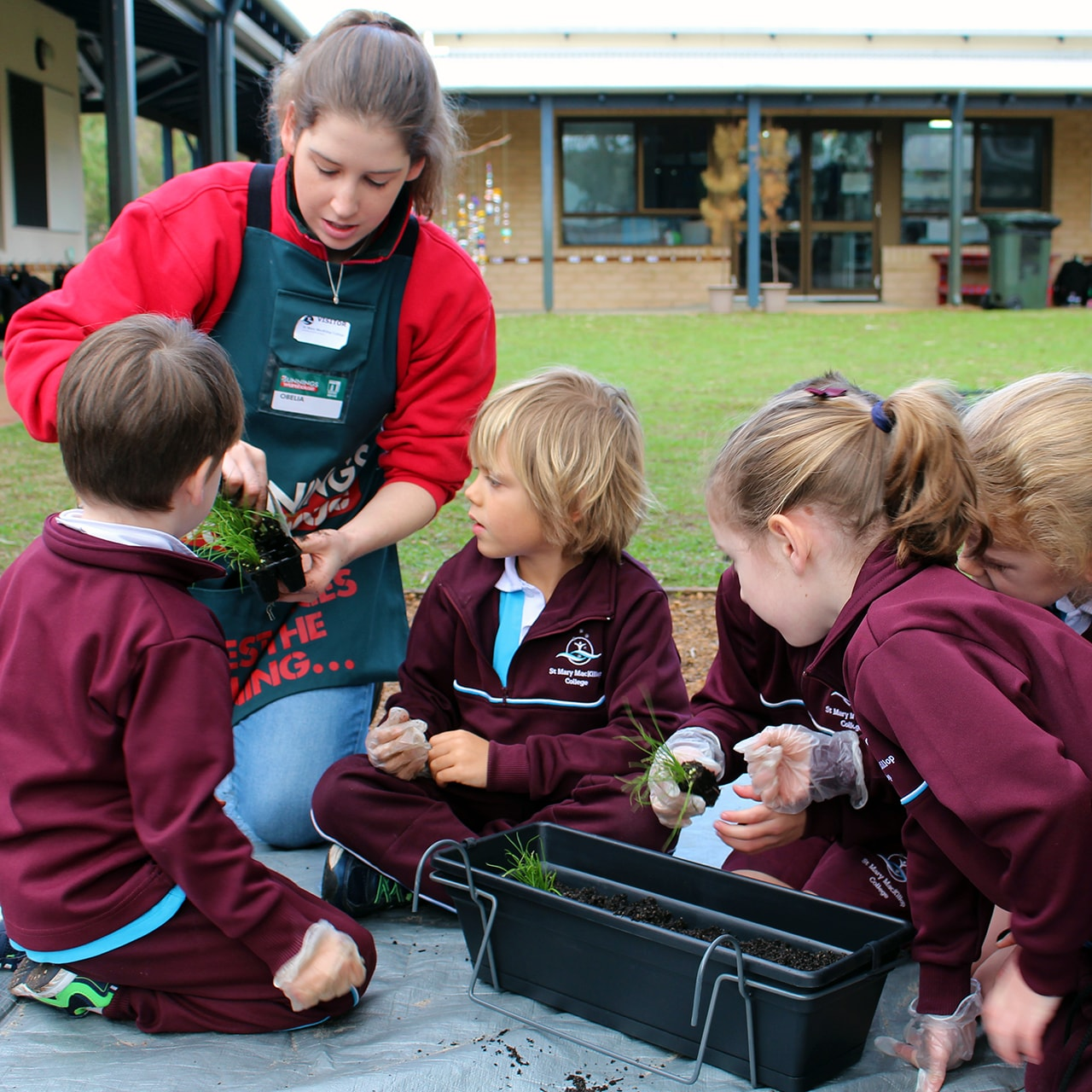 Img-Pre-Primary-Students-Plant-Interactive-Gardens-7