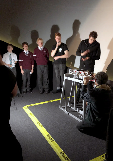 Year 9 students build bridges at Scitech (4)