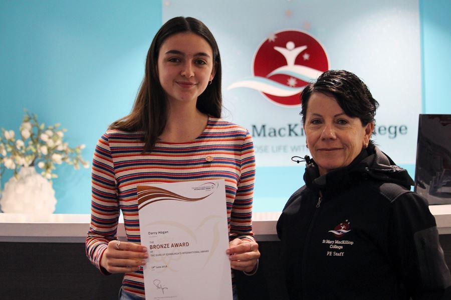 student-awarded-bronze-duke-edinburugh-img