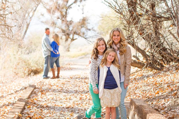 Family_Portraits_2Q==-1
