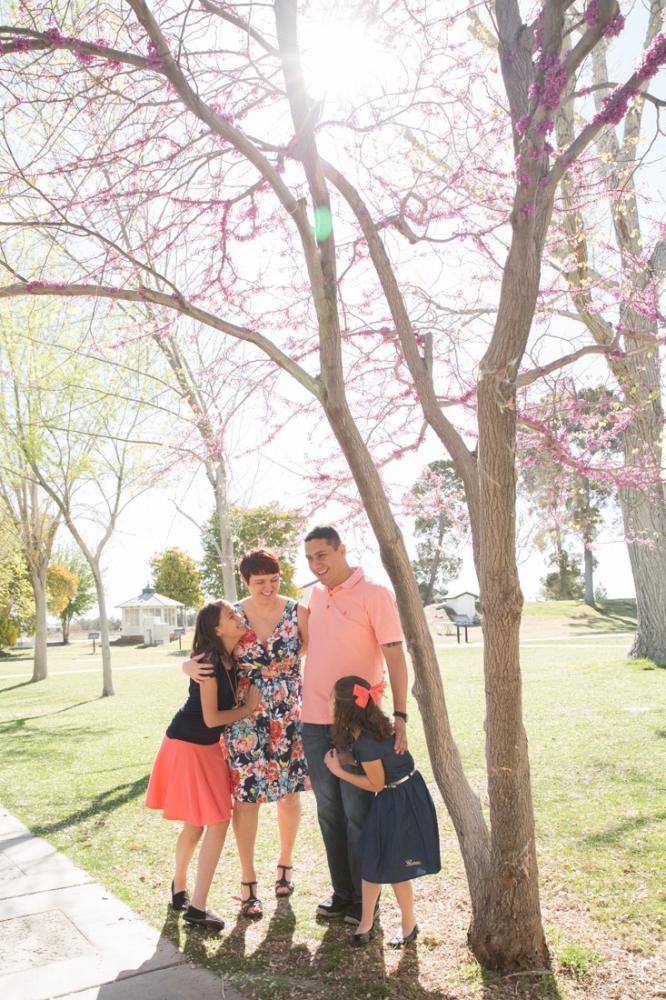 Family_Portraits_2Q==-16