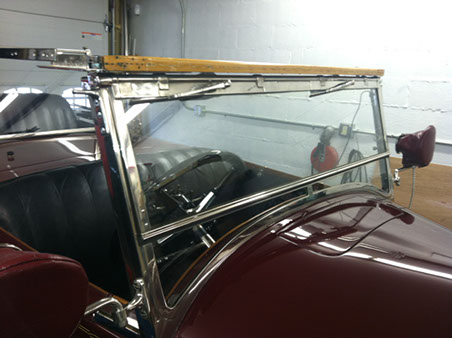 The front windscreen on the MML 1:8 scale replica