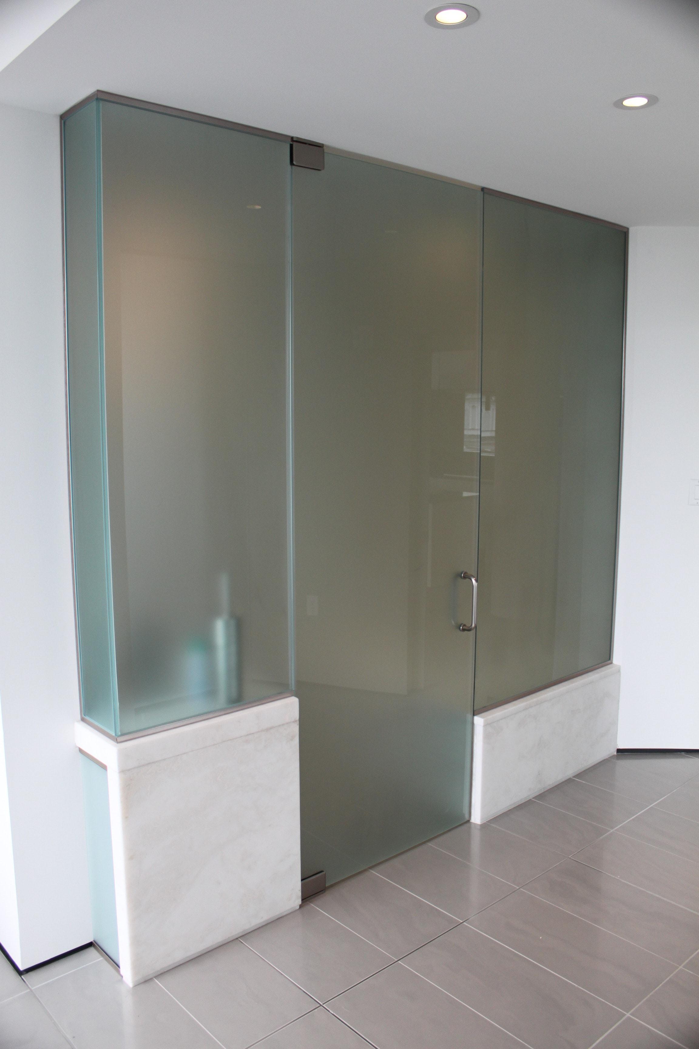 Bathroom Enclosure & Entry Door-min