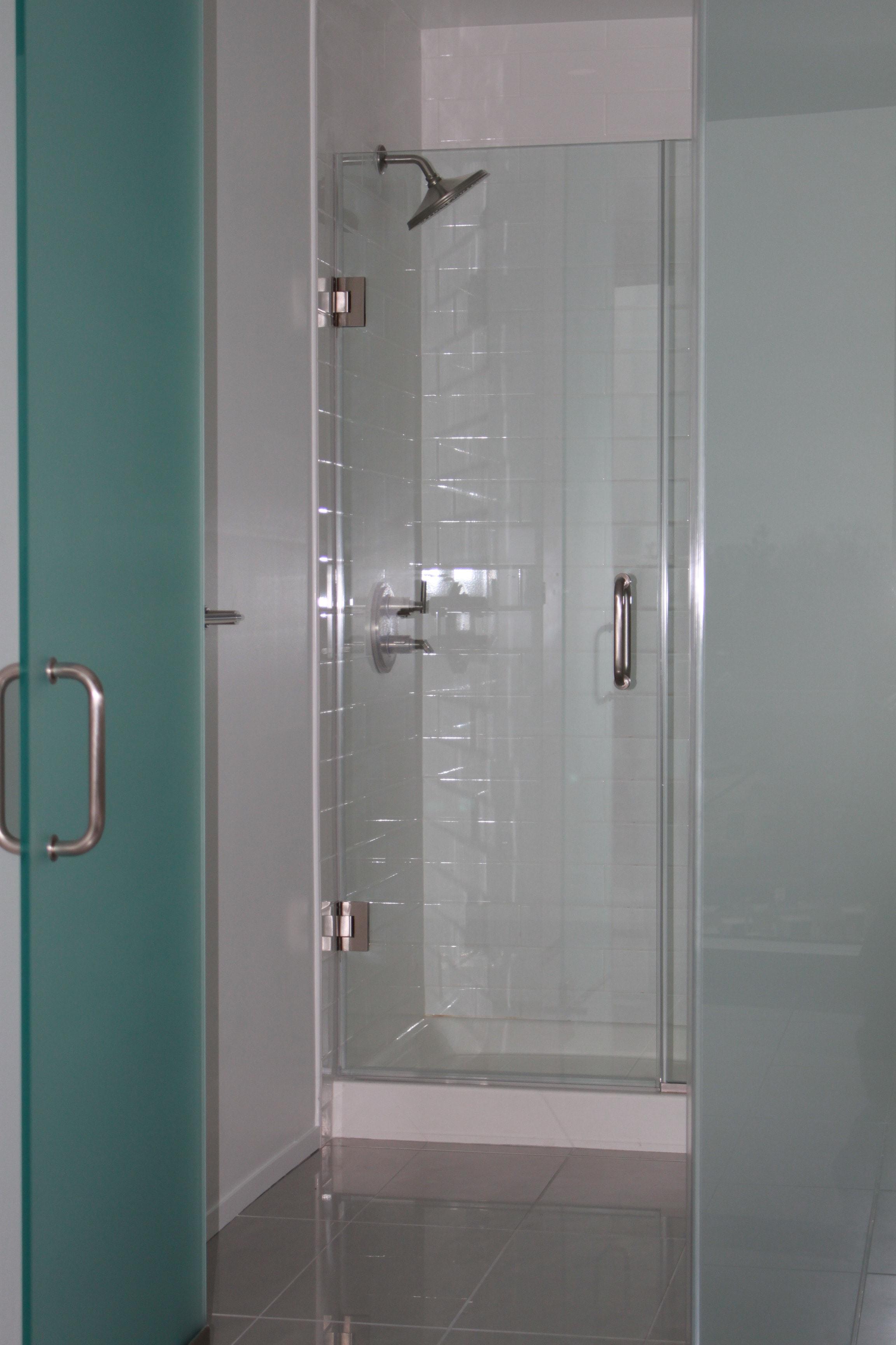 Bathroom Enclosure & Frameless Shower Door Inside-min