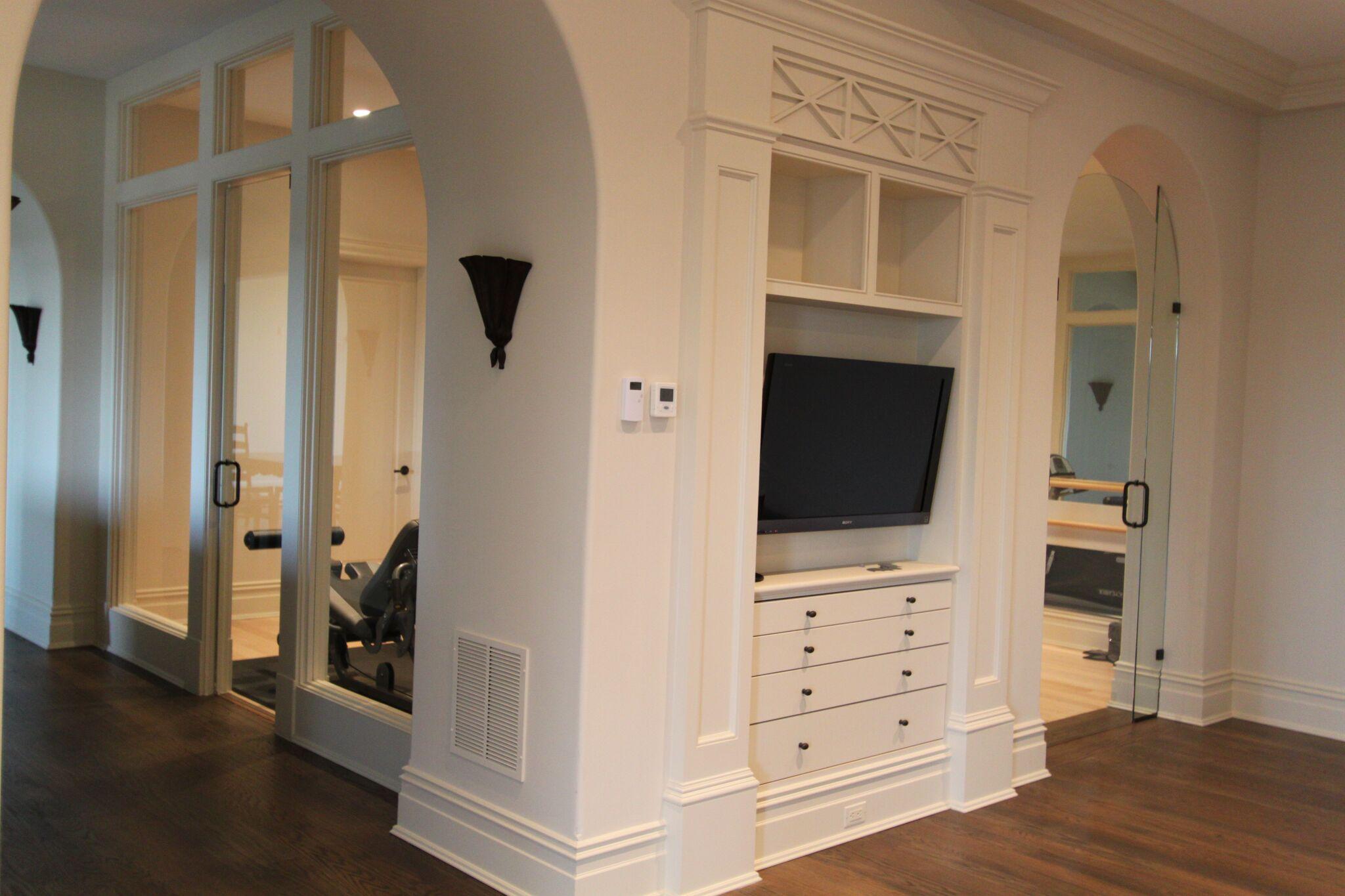 Frameless Exercise Room Entry Doors 2.7.12-min