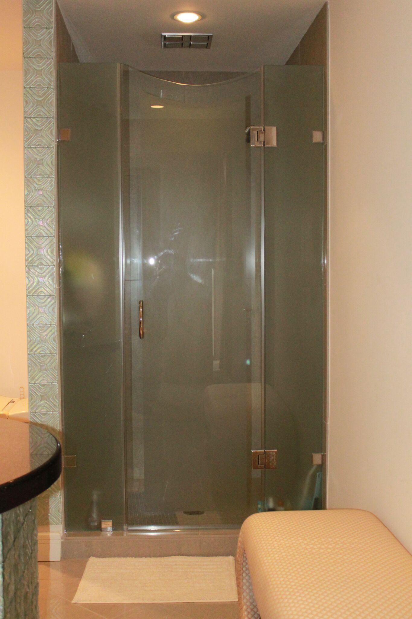 Frameless Shower Enclosures - Rockville, Gaithersburg, Potomac | Bel ...