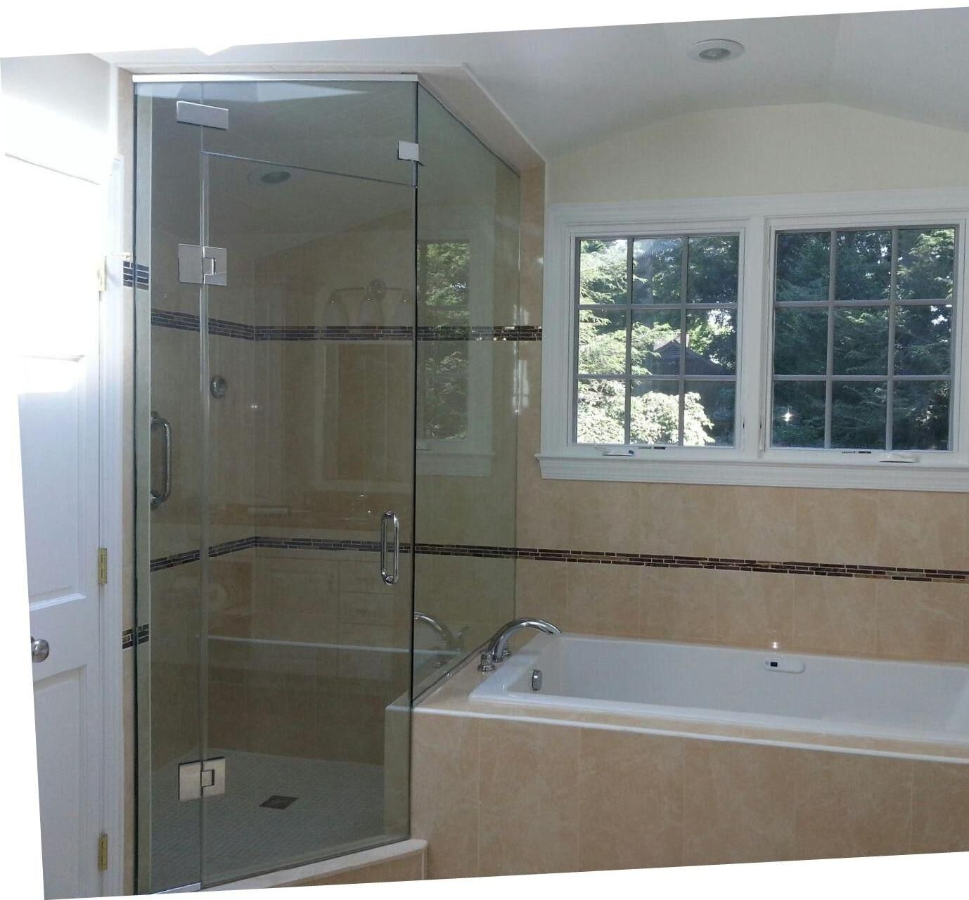 Frameless shower enclosures rockville gaithersburg potomac frameless steam shower 62413 min eventelaan Images