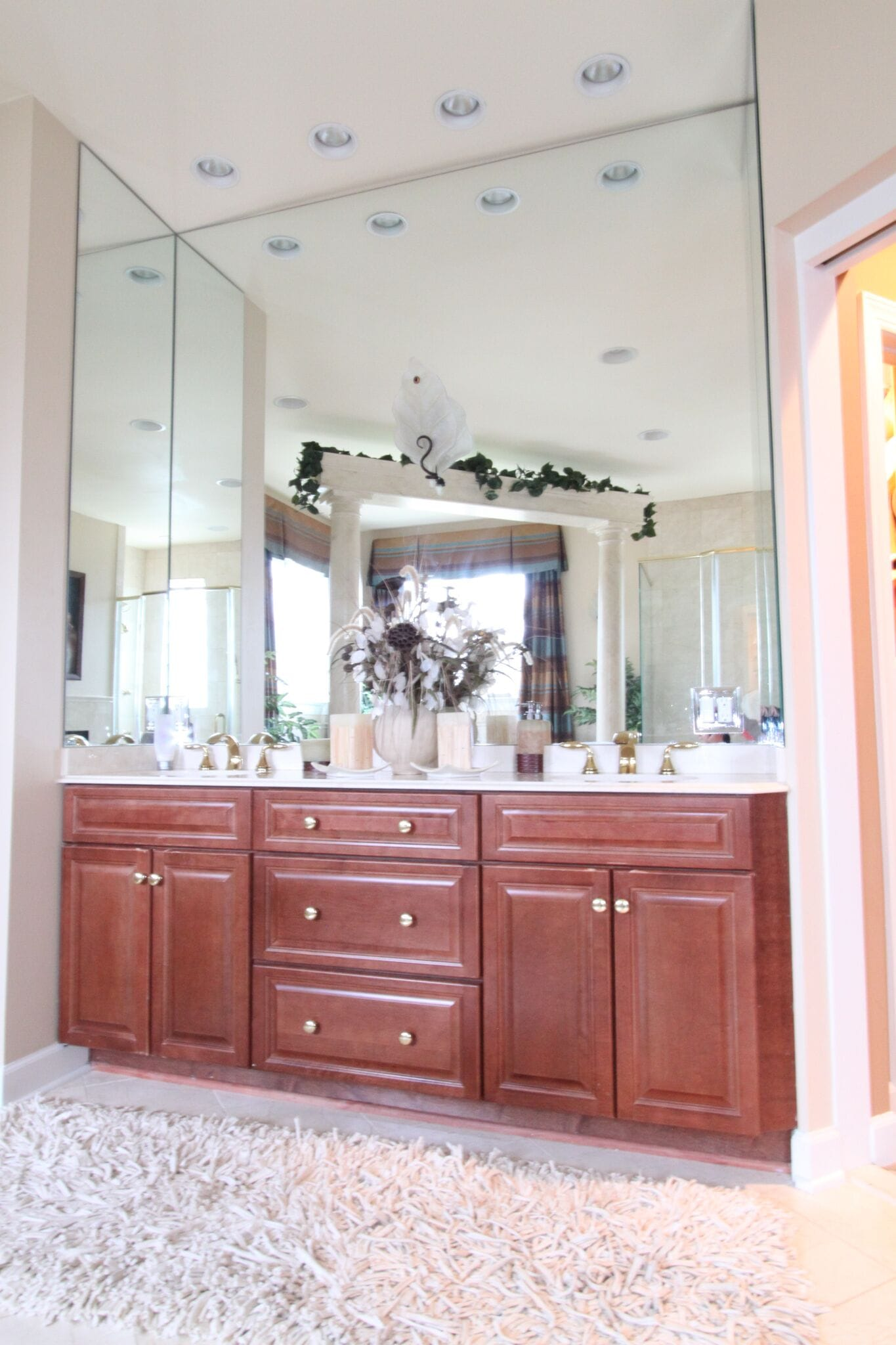 Master bath vanity 3-panel 3.1.12-min