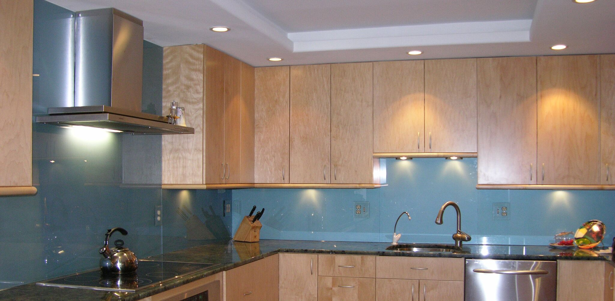 Painted Kitchen Backsplash-min