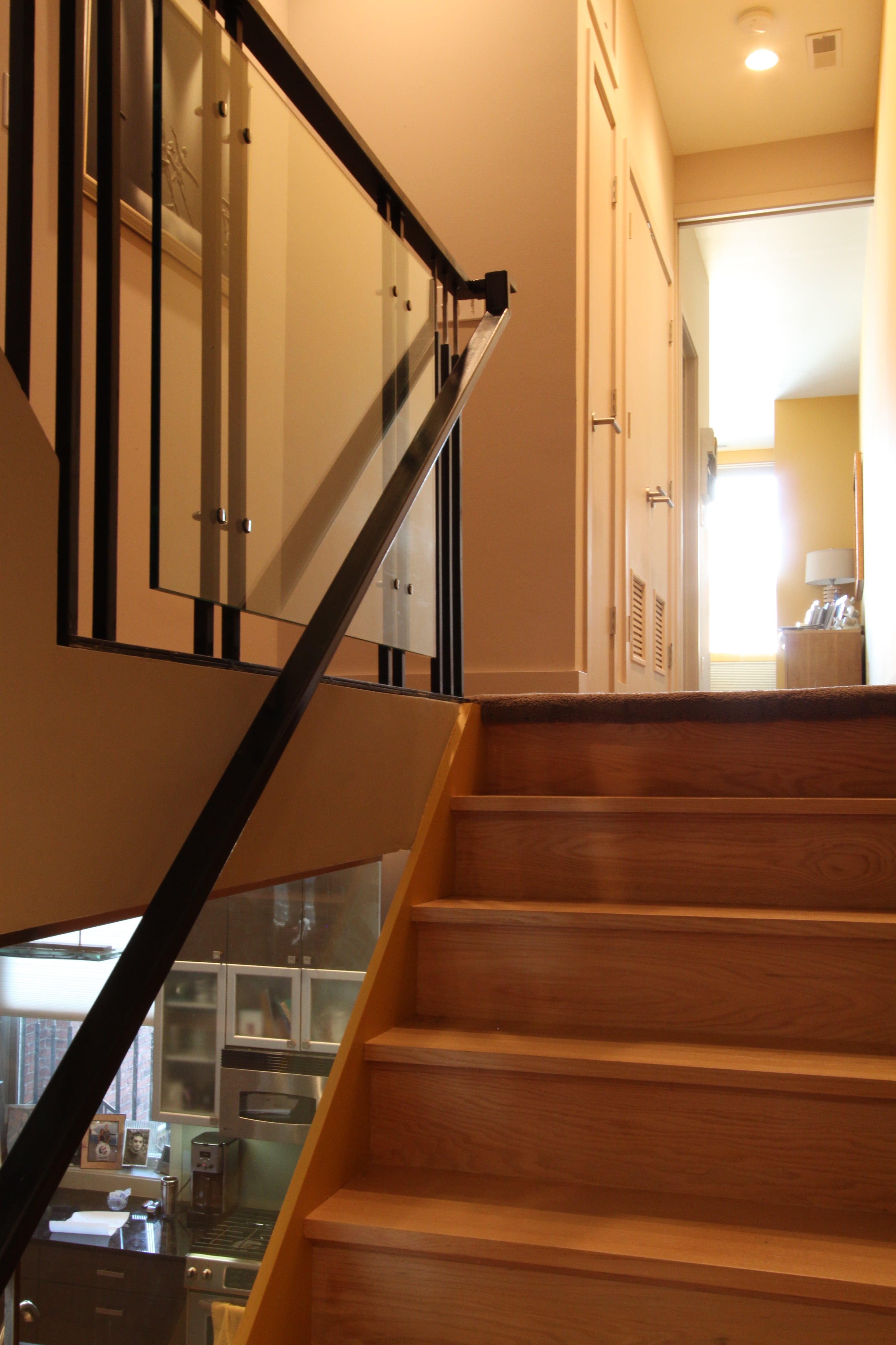 Staircase Glass 3.2-min