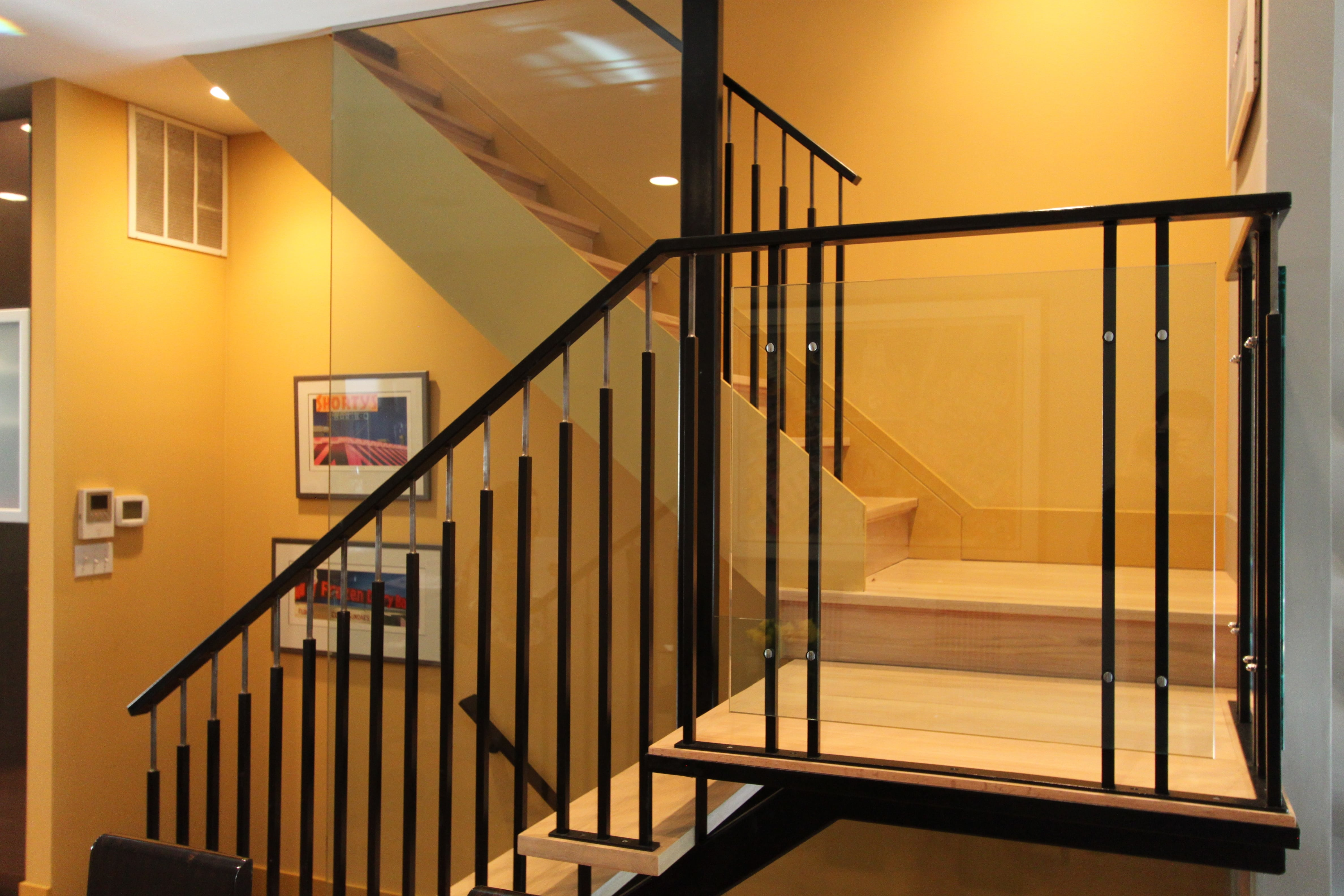 Staircase Glass 4-min