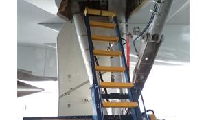 Landing Gear Access Stand