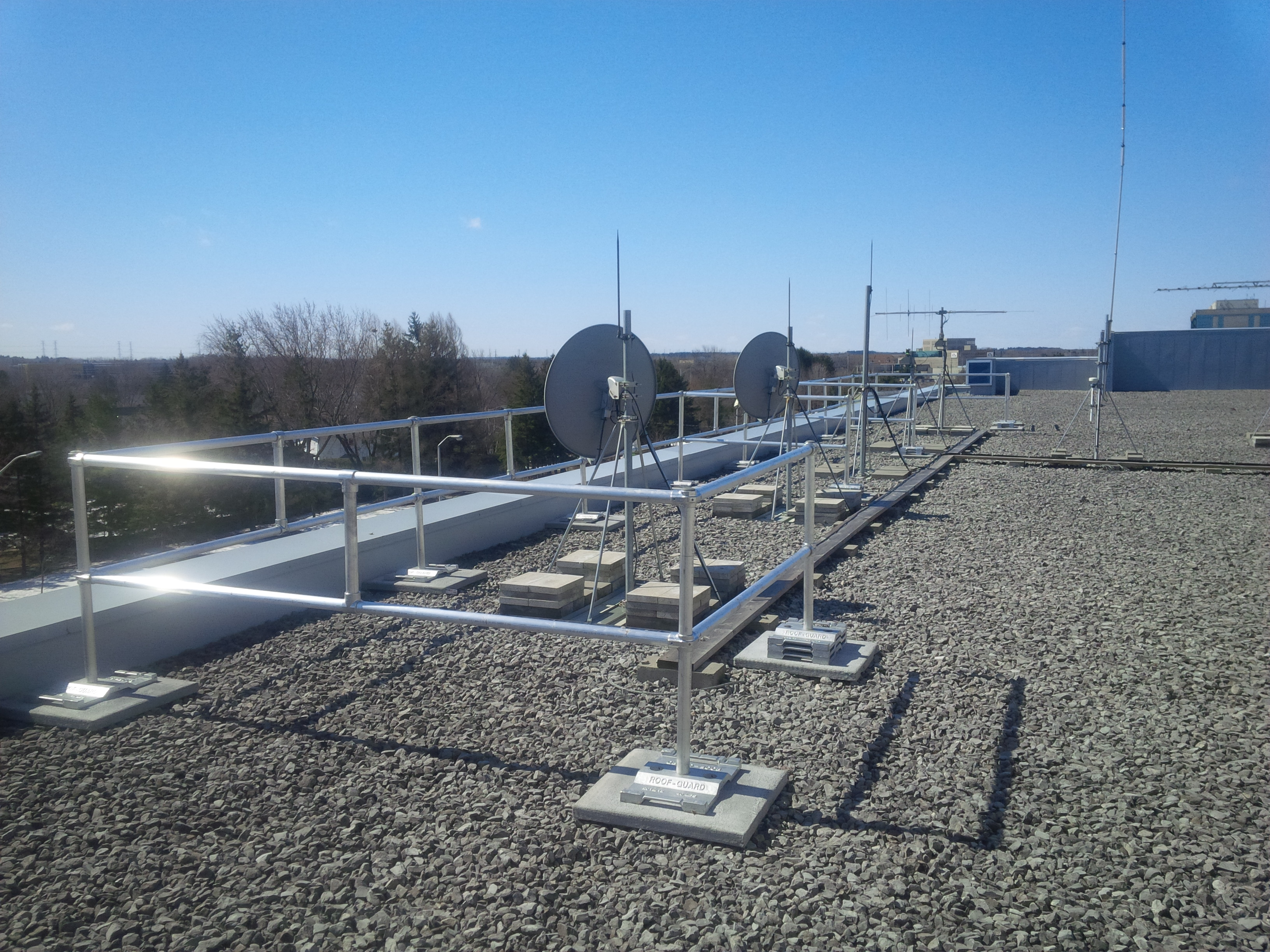 Custom Rooftop Guardrail Systems