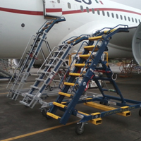 06 Engine Access Stand