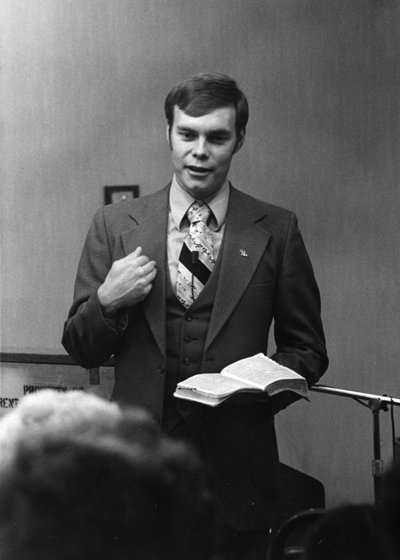 Andrew teaching the Word | 1970s