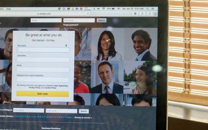 Improve networking with LinkedIn Alumni