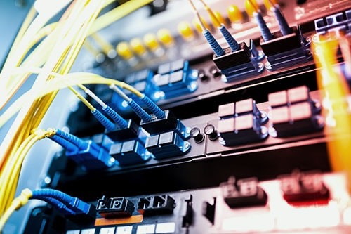Sideimg-Retail-Cabling-Infrastructure-Installation-Services-r1
