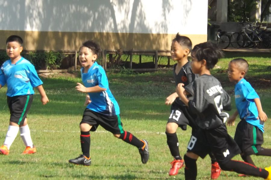 Football AITIS-Satit_12