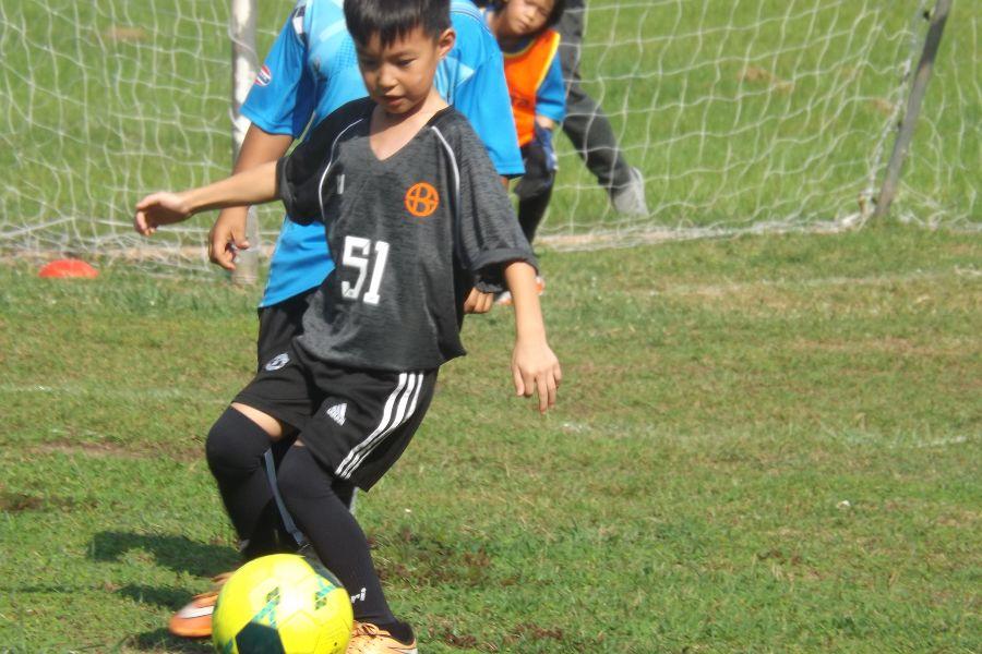 Football AITIS-Satit_13