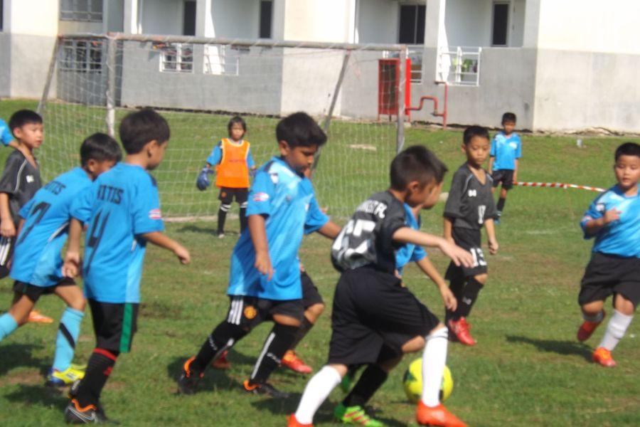 Football AITIS-Satit_14