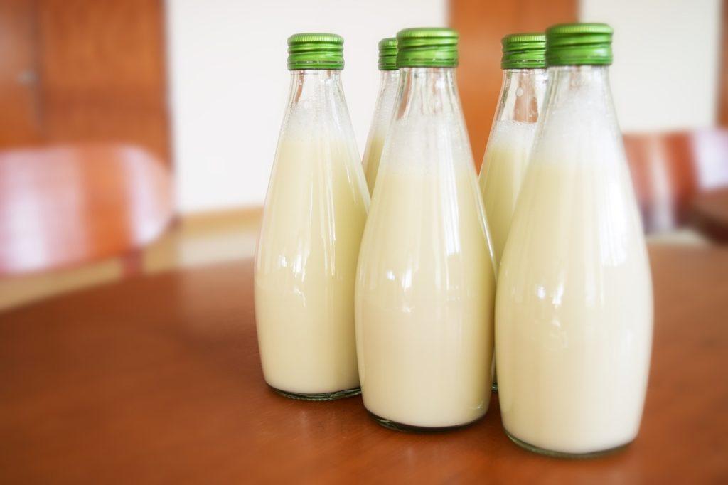 milk-1223800_1280-1024x682